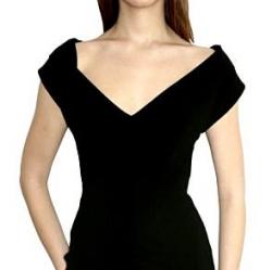 Что одеть к маленькому черному платью