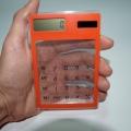 Фото Оригинальный калькулятор с прозрачными кнопками